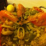 Photo taken at Restaurante La Paella by Sérgio C. on 6/29/2011