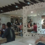 Photo taken at Makan Makan by Awo S. on 1/24/2014