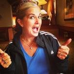 Photo taken at Olive Garden by Sandra M. on 10/7/2014