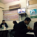 Photo taken at 山西刀削麵館 by 哲寧 許. on 12/18/2014