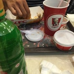 Photo taken at KFC by Linn Isabelle on 5/27/2015