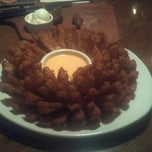 Photo taken at Outback Steakhouse by Matt W. on 3/12/2012