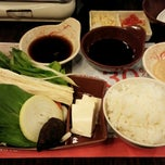 Photo taken at Hanei Japanese Shabu-Shabu by Shinichi S. on 2/28/2014