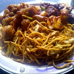 Photo taken at Panda Express by Kimber Red C. on 11/11/2012