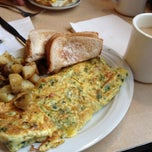Photo taken at Central Diner by Joy S. on 11/10/2013