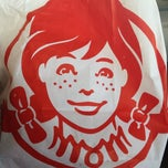 Photo taken at Wendy's by Boe P. on 11/20/2013