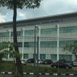 Photo taken at Kolej Sains Kesihatan Bersekutu Johor Bahru by Azrai H. on 4/12/2015