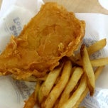 Photo taken at Long John Silver's by MsChi C. on 6/28/2014