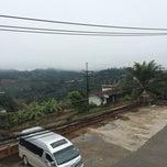 Photo taken at Maesalong Villa (แม่สลองวิลล่า) by Kamol C. on 1/10/2015