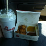 Photo taken at Chick-fil-A by Kimbrena C. on 5/4/2012
