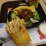 Photo taken at Wendy's by Uolam N. on 7/5/2012