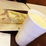 Photo taken at 永和大王白塔西路餐厅 by Steve 7. on 5/17/2015