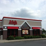 Photo taken at Arby's by Tanya H. on 8/7/2013
