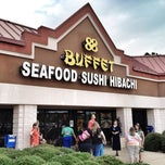Photo taken at 88 Buffet by Bryan H. on 7/7/2013