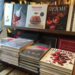 Photo taken at Librairie Gourmande by Cecília L. on 11/20/2014