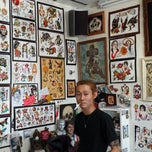 Photo taken at Sid's Tattoo Parlor by OGAworld13 on 12/31/2013