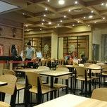 Photo taken at Burger King by Gani P. on 7/13/2014
