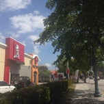 Photo taken at KFC by Maxi H. on 3/13/2014