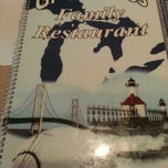 Photo taken at Great Lakes Family Restaurant by Elizabeth W. on 8/17/2013