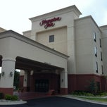 Photo taken at Hampton Inn Duncan by Eric L. on 7/15/2013