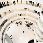Photo taken at Solomon R. Guggenheim Museum by Elenitsab on 6/24/2013