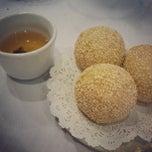 Photo taken at Jasmine Seafood Restaurant by Nicole K. on 6/16/2013