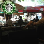 Photo taken at Starbucks (สตาร์บัคส์) by Lilly v. on 5/14/2013