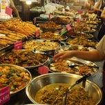 Photo taken at ตลาด อ.ต.ก. (Or Tor Kor Market) by Anton S. on 10/19/2013