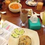 Photo taken at Sweet Lemongrass Restaurant Pandan by Muin M. on 5/25/2014