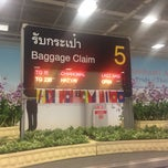 Photo taken at Baggage Claim 5 by Game A. on 4/5/2015