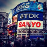 Photo taken at Piccadilly Circus by Aggelos T. on 9/22/2013