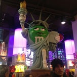 Photo taken at M&M's World by Jon on 12/24/2012