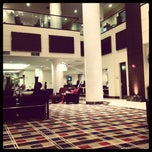 Photo taken at Hilton Meadowlands by Tijs T. on 10/14/2012