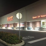 Photo taken at Giant Food Store by ⚖ MaRio 🇮🇹🇺🇸 S. on 6/18/2013