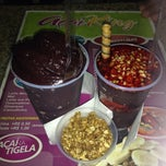 Photo taken at Açai King (Toca do Açaí) by Cris L. on 3/3/2014