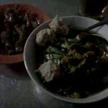 Photo taken at Mie Ayam Pak Djo by Dian M. on 10/17/2012