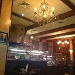 Photo taken at Gaslight Pizzeria by ju j. on 8/5/2013