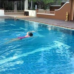 Photo taken at Q House Laddalom Swimming Pool by Alice _. on 6/10/2015