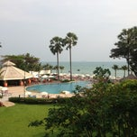 Photo taken at Novotel Rimpae Rayong by Thamaroj on 2/11/2013