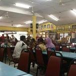 Photo taken at AZ Selera Timur by Ahmad Farhan B. on 2/10/2013