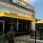 Photo taken at McDonald's by Nasya W. on 8/18/2012