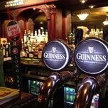 Photo taken at Ri Ra Irish Pub by Jay L. on 11/7/2012