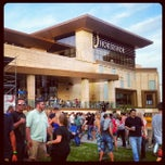 Photo taken at The Shoe at Horseshoe Casino by Kelly H. on 5/8/2014