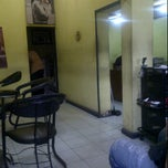 Photo taken at Salon Wondo by abhe m. on 3/25/2012