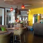 Photo taken at KAFE KAFE Coffee by Ge G. on 12/26/2014