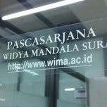 Photo taken at Pascasarjana Universitas Katolik Widya Mandala by Satria K. on 1/28/2014