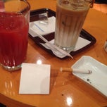 Photo taken at EXCELSIOR CAFFE 心斎橋店 by ハヤカワ マ. on 12/28/2014