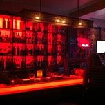 Photo prise au Méchant Boeuf Bar & Brasserie par Mickey B. le1/6/2013