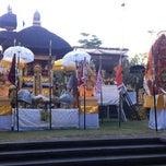 Photo taken at Pura Luhur Candi Narmada Tanah Kilap by Gustiyana on 7/3/2012