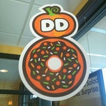 Photo taken at Dunkin Donuts by Lisa C. on 10/8/2011